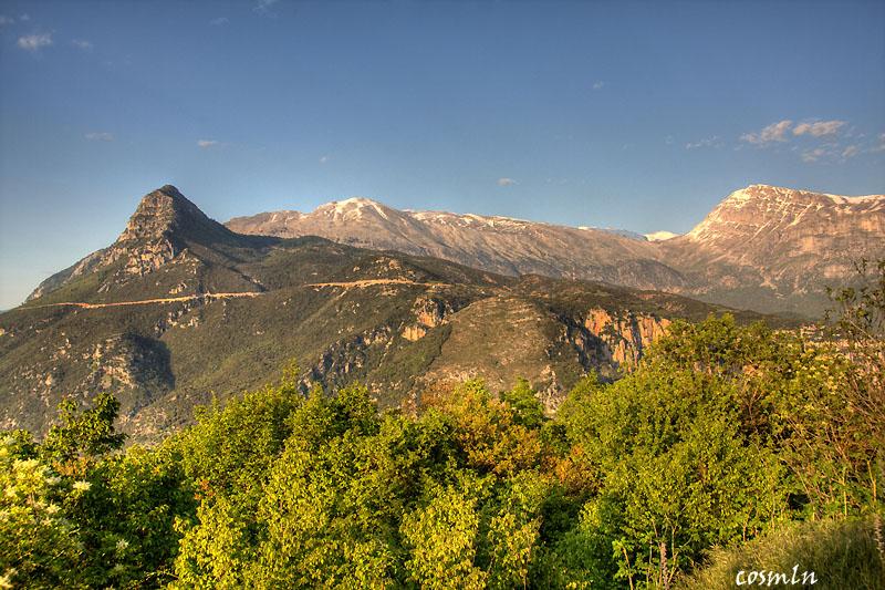 Voidomatis valley